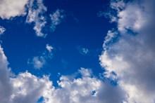 高空飘云图片素材