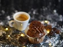 巧克力蛋糕咖啡图片下载