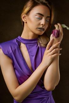 国模西西彩妆美女写真图片素材