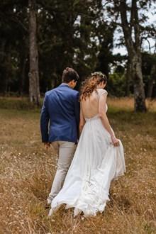 外景婚纱背影高清图片
