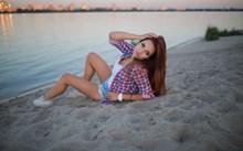 海边美少女人体艺术图片大全