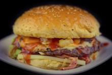 美味牛肉汉堡图片素材