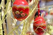 复活节红色装饰彩蛋高清图片