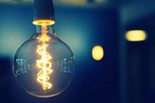 亮灯泡精美图片