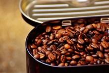 蓝山咖啡豆高清图片