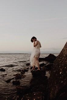 海边非主流美女图片下载