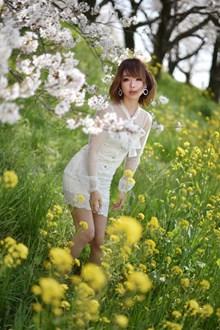 日本美女优优人体艺术高清图