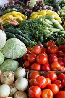 菜市场蔬菜摆放图片