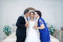 新娘室内婚纱摄影欣赏图片