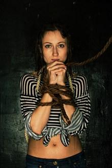 捆绑美女人体艺术摄影图片素材