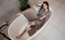 浴缸美女写真人体摄影精美图片