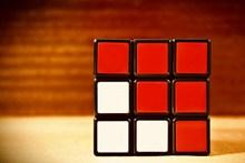 紅白方形魔方高清圖