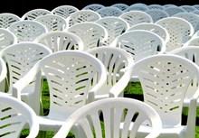 白色靠椅高清圖片
