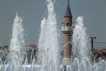 建筑喷泉水花精美图片