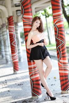亚洲西西人体艺术写真图片素材