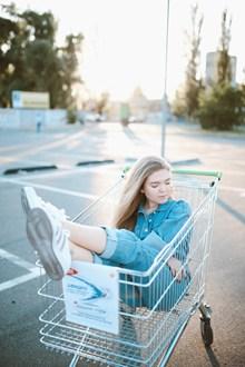 购物车美女写真 购物车美女写真大全图片下载