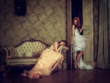 二人闺蜜婚纱照图片