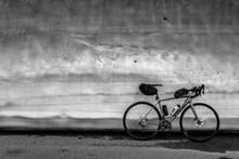 山地公路自行车高清图