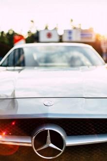 奔驰银色汽车欣赏图片