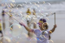 透明肥皂泡沫高清图片