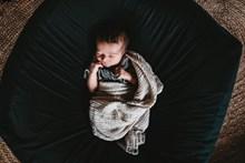 宝宝睡午觉高清图片