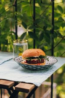 铁板牛肉汉堡精美图片