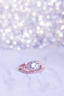 3克拉钻石戒指图片素材