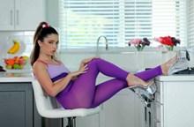 丝袜少妇成人艺术人体图片下载