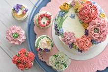 鲜花装饰奶油蛋糕 鲜花装饰奶油蛋糕大全高清图