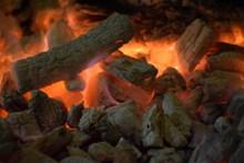 火柴燃燒火焰高清圖片