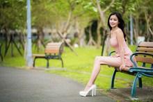日本少婦人體藝術攝影圖片下載