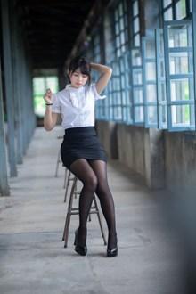 制服人体丝袜美女精美图片