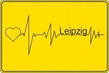 黄色标志卡片设计图片下载