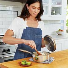 家庭主妇烹饪高清图