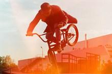 自行车特技表演精美图片