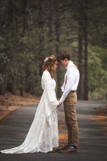 婚纱摄影外景图片素材