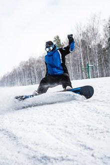 单板滑雪运动图片下载