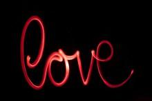 LOVE艺术字设计精美图片