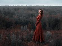 户外气质艺术美女写真图片素材