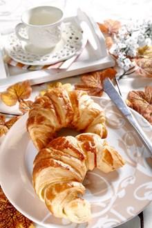 早餐牛角包精美图片