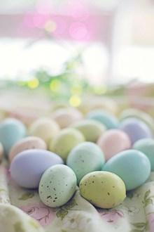 复活节多彩鸡蛋图片