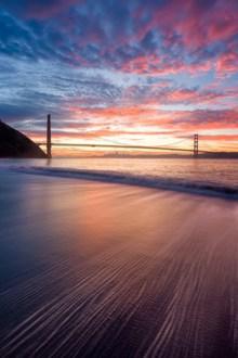 火烧云海滩唯美风景图片素材