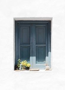 灰蓝色复古木窗精美图片