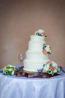 鲜花奶油婚礼蛋糕 鲜花奶油婚礼蛋糕大全图片素材