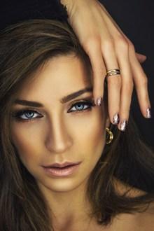 彩妆气质美女头像图片下载