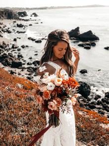 新娘婚纱海边写真图片