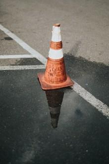 交通锥形路标精美图片