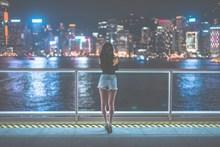 午夜都市美女人体摄影高清图片