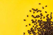 咖啡豆黄色背景图片大全