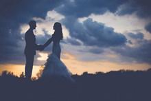 暮色婚纱摄影图片
